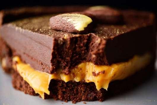 torta-cioccolato-caramello-knam-800x533